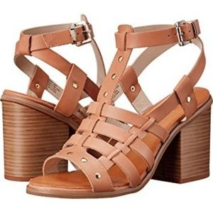 Seychelles Scout it Out strappy leather heels